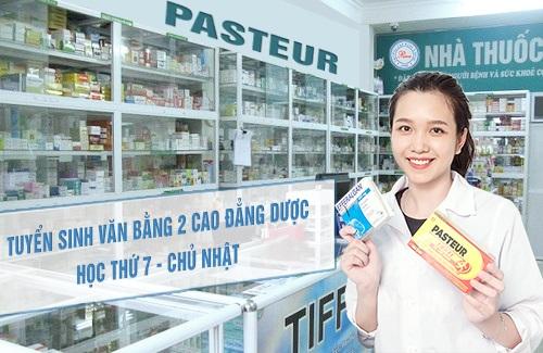 Tuyen-sinh-van-bang-2-cao-dang-duoc-hoc-thu-7-chu-nhat-1